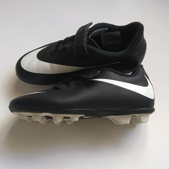Cleats Black And White Velcro Size 12
